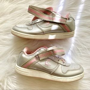 SHAQ Pink Silver Sz 13 Girls Sneakers no laces 13